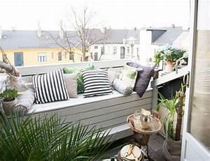Balkon Bank Klein : balkon inrichten van klein appartement inrichting ~ Michelbontemps.com Haus und Dekorationen