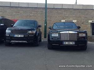 Rolls Royce France : rolls royce phantom spotted in st tropez france on 07 12 2014 ~ Gottalentnigeria.com Avis de Voitures