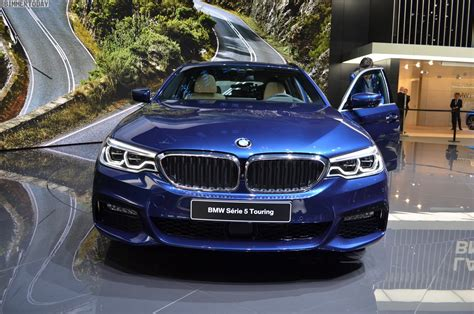 bmw  touring   sport package