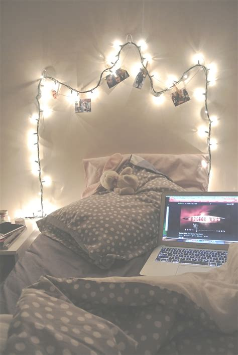 young woman bedroom and string lights bedrooms bedroom ideas pinterest don 39 t let