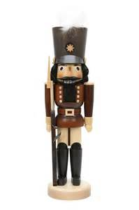 nutcracker soldier natural colors 43cm 17in by christian ulbricht