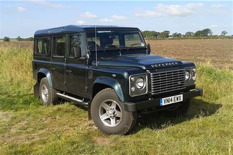 Land Rover Defender Review by Land Rover Defender Review 1990 2006 Parkers