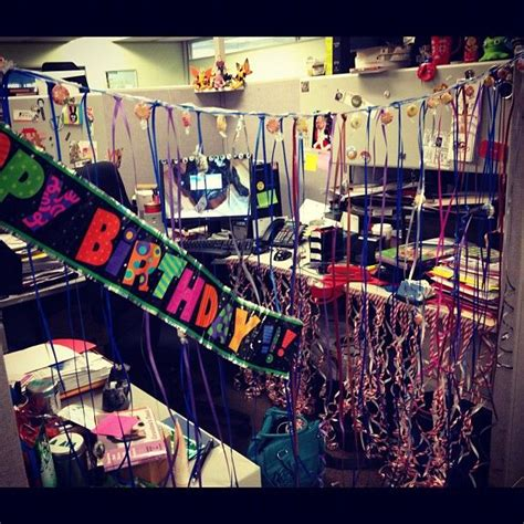 Cubicle Decoration Ideas For Birthday by 1000 Ideas About Office Birthday Decorations On