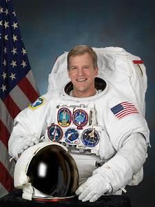 Astronaut Bio: Scott E. Parazynski (10/2012)