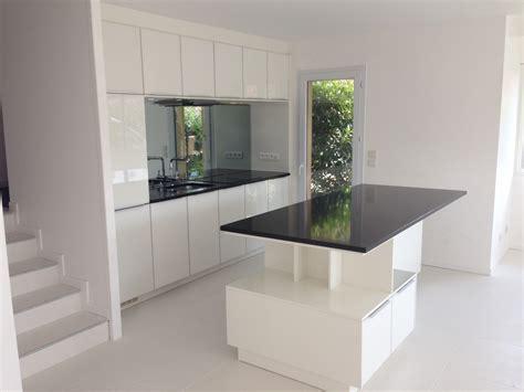 ikea bordeaux cuisine cuisine contemporaine blanche avec plan de travail en granit au golf de lacanau atelier reinke