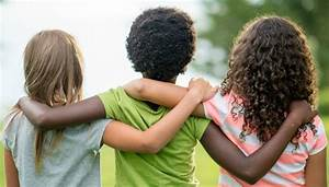 Being Kind Is Actually Good For Our Kids' Health