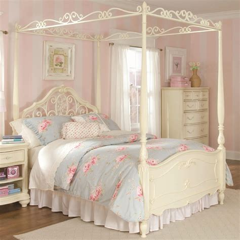 White Beds For Sale by 20 Size Canopy Bedroom Sets Home Design Lover