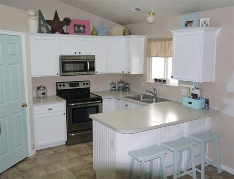 primer for painting kitchen cabinets before and after kitchen makeover with kilz primer 7585