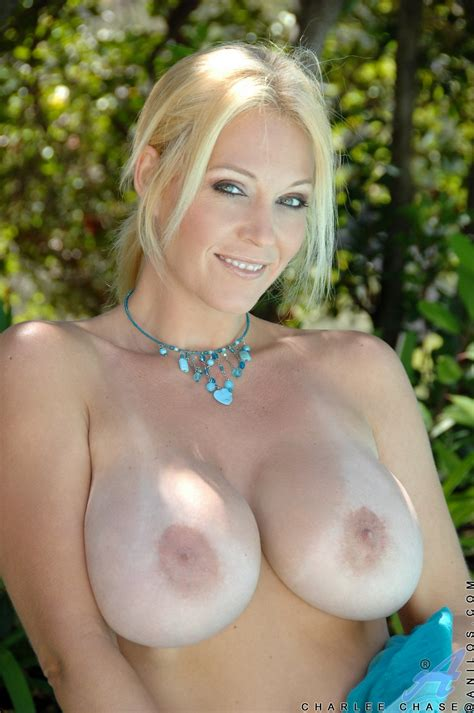 charlee chase Showing Off her sexy Body And Dildoing her Pussy my pornstar book