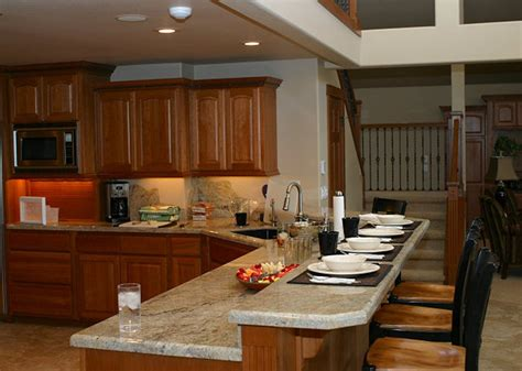 Beautiful Pattern Of Granite Kitchen Countertops