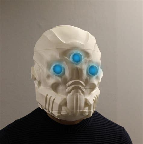 print    mask    man