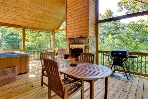 pet friendly cabins friendly luxury cabin helen