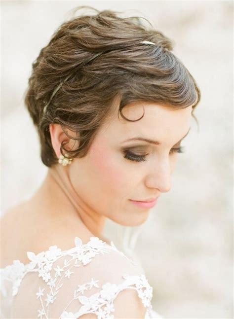 12 glamorous wedding updo hairstyles for short hair