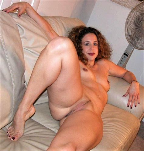 Milf Mature Women Big Asses Hairy And Shaved Pussies 83