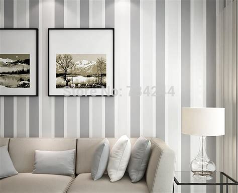 Fashion Luxury Striped Wallpaper Living Room Beroom Walls