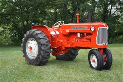 1961 allis chalmers d17 we had one of these but it had a wide front end great tractor
