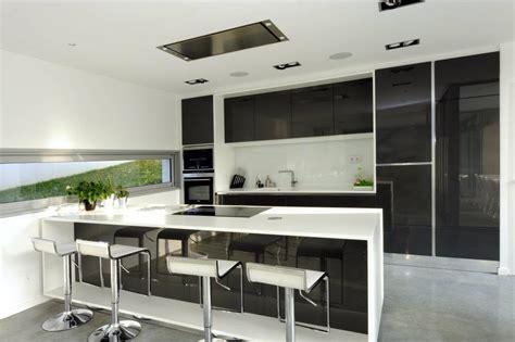 meuble bar cuisine americaine cuisine ouverte équipée cubik architecture photo n 72