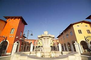 Stunning Outlet Mantova Negozi Contemporary - dairiakymber.com ...