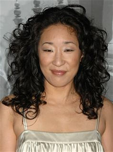 sandra oh curls 10 stylish and trendy curly hairstyles for fine hair