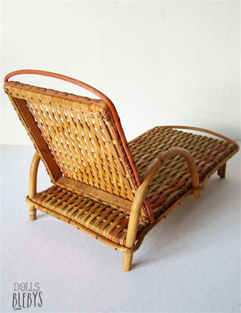 chaise longue rotin ancienne chaise longue rotin transat osier modèle ancien jouets