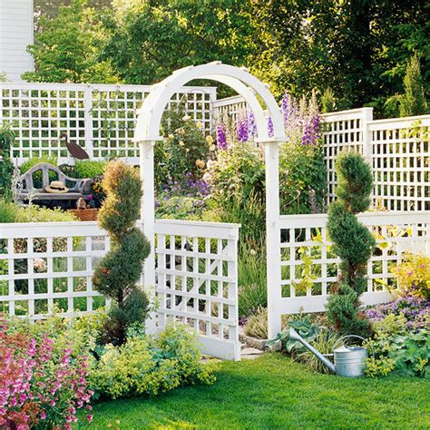 Backyard Trellis Ideas by 12 Diy Trellis Designs For Privacy