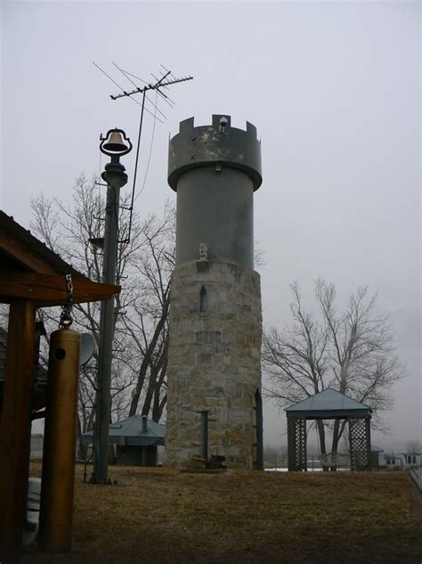 absolute  visit attractions  kansas