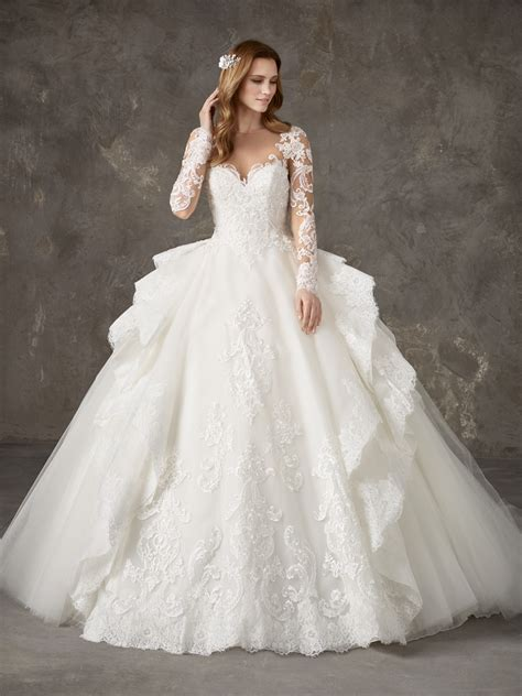 Wedding Gowns by Princess Wedding Dresses Bridal Gowns Privee