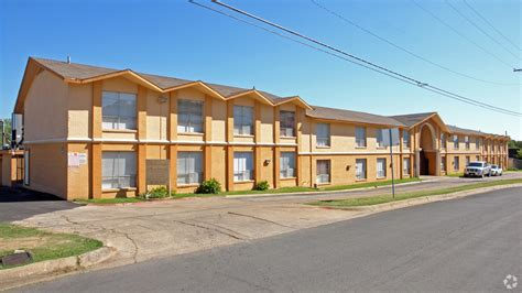 Efficiency Apartment Fort Worth by 511 Tierney Rd Fort Worth Tx 76112 Apartments