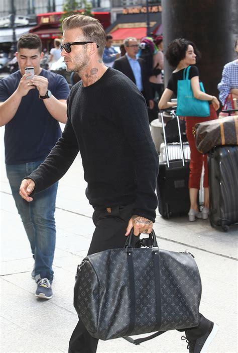 beyonce carried  mystery bag   carried coach  week purseblog