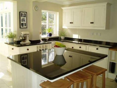 meuble ilot central cuisine plan de travail cuisine