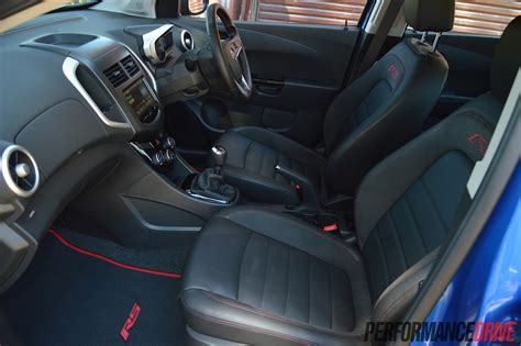 holden barina rs front seats