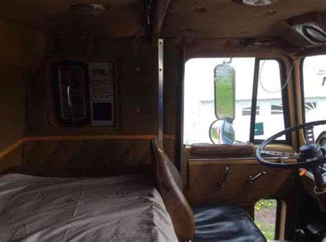 ford  sleeper semi trucks