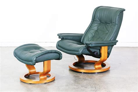 leather chair with ottoman ekornes stressless green leather reclining chair with