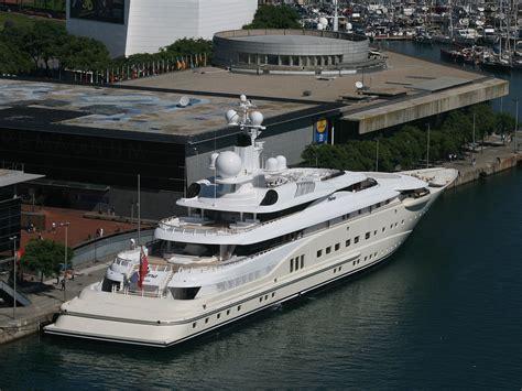 Pin by iamolivertwist on yachts | Super yachts, Luxury ...