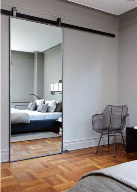 grand miroir chambre quel miroir dans une chambre d 39 adulte contemporaine