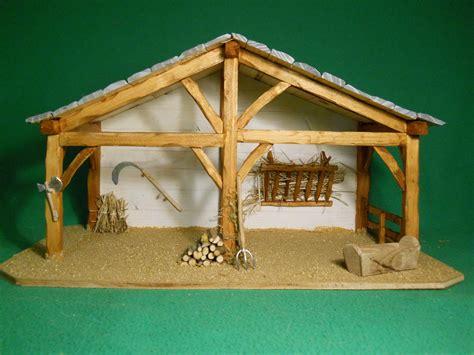 decor creche de noel cr 232 che de no 235 l en bois quot 201 lo 239 se quot toit bleu decorations noel outdoor nativity
