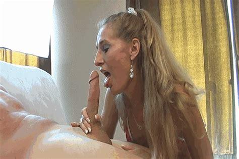 Mom Sucked Naked  35 New Porn Photos