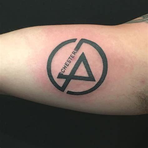 The 25+ Best Chester Bennington Tattoo Ideas On Pinterest