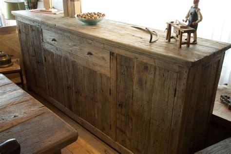 cuisine inox bois comment donner un aspect vieilli à un meuble préfabriqué