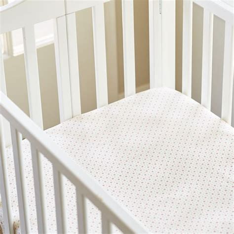 maple hill red fitted crib sheet