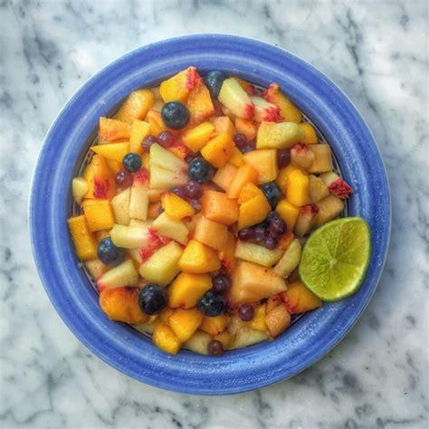italian fruit salad macedonia italian fruit salad recipe kitchenbowl