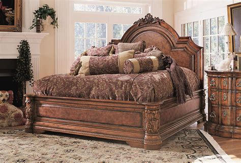 Luxury Bedroom  Traditional  Bedroom  Other  By Moshir