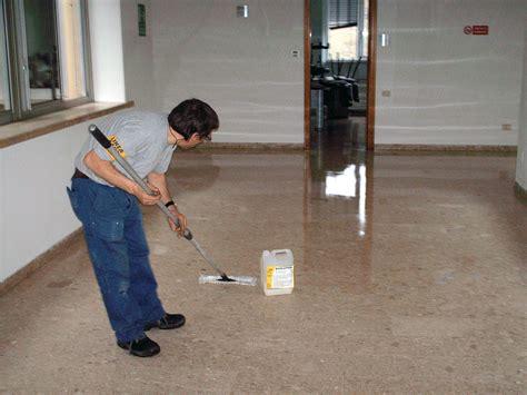lucidare pavimenti in graniglia cera per pavimenti in graniglia colori per dipingere