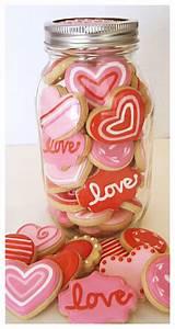a cookie cookie jar