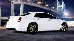 2011 Chrysler 300 SRT8 - Wallpapers and HD Images Car Pixel