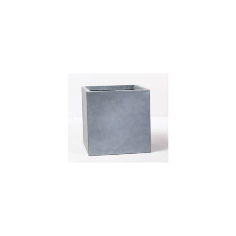 pot cube en fibre de verre gris l 28 x h 28 cm plantes