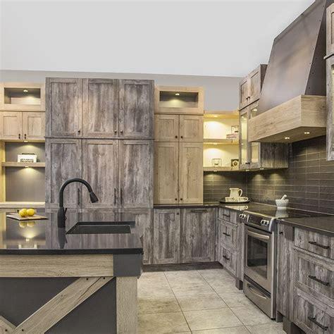 armoire de cuisine bois les 25 meilleures idées concernant armoires de mélamine