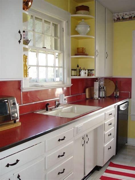 kitchen floor laminate les 1642 meilleures images du tableau retro kitchen sur 1642