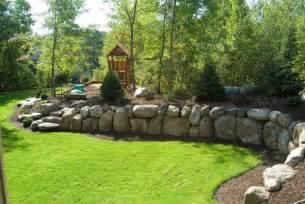 Boulder Retaining Wall Landscaping Ideas