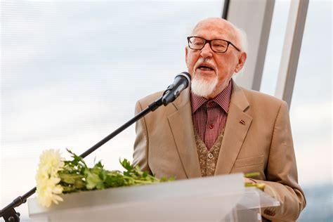 Knuts Skujenieks - Bibliotēka